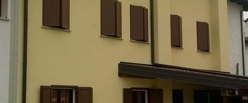 Edificio riqualificato con rasatura esterna